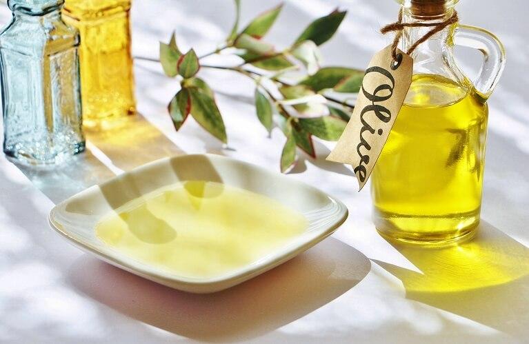 悪玉コレステロールを減らす油分の摂取